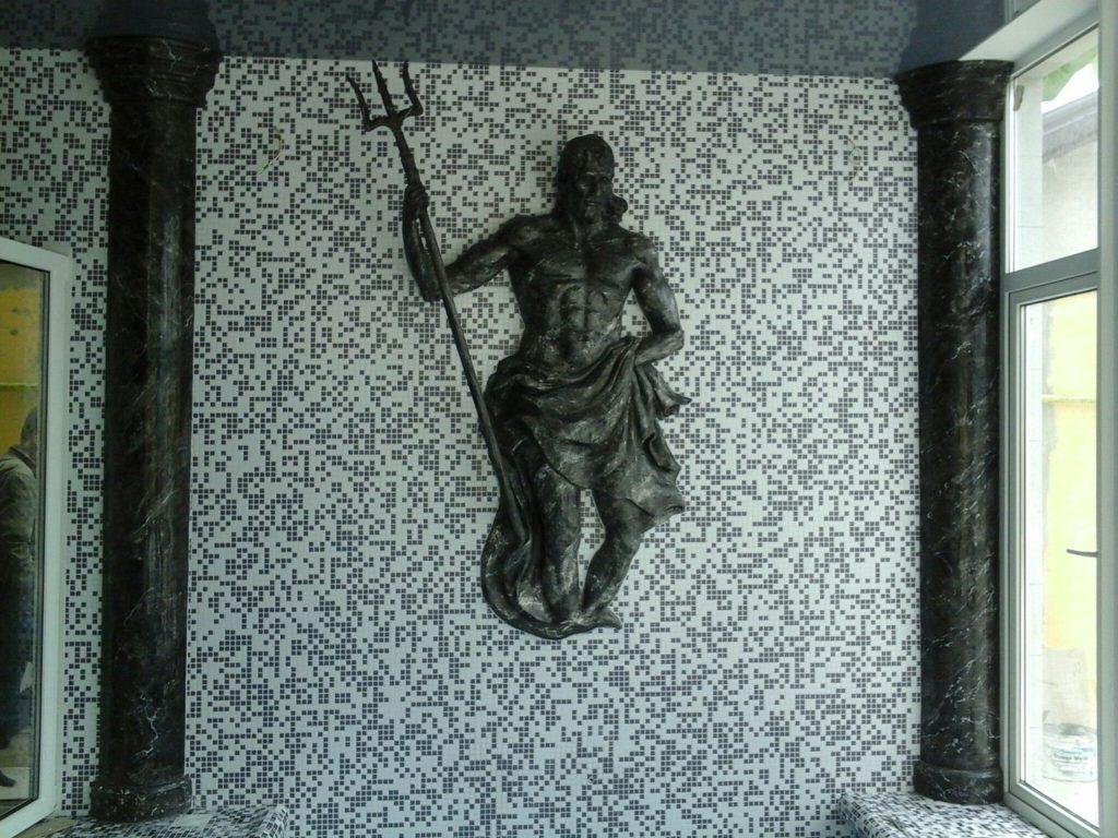 Посейдон скульптура