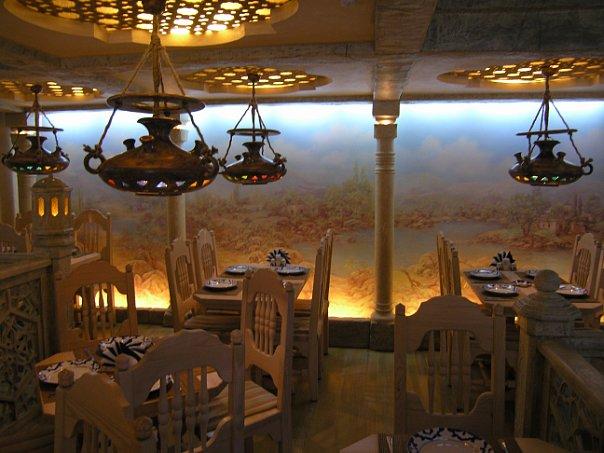 Интерьер ресторана Рахат-Лукум